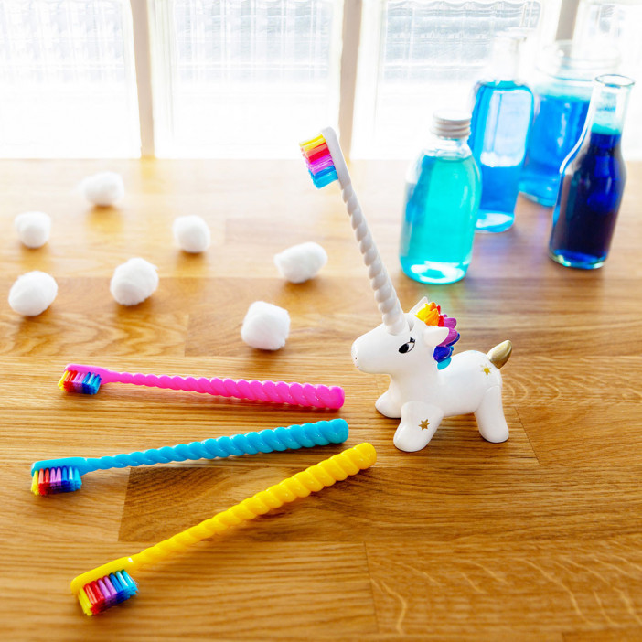 Porte brosse à dents et Brosse à dents - Unicornsmile
