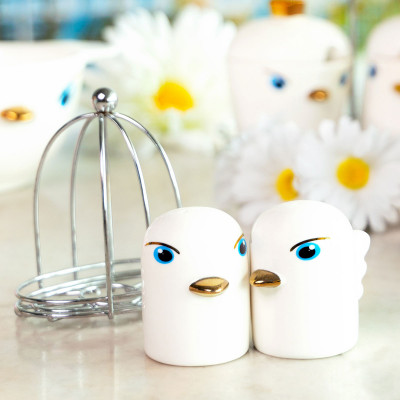 Salt and Pepper shaker - Tweet Tweet