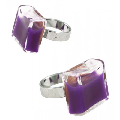 Carre Medium Milk - Glass ring Dark purple