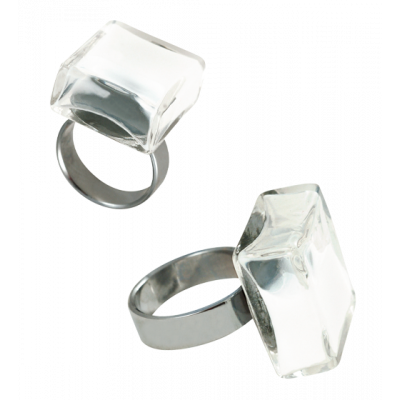 Carre Medium Milk - Glass ring White